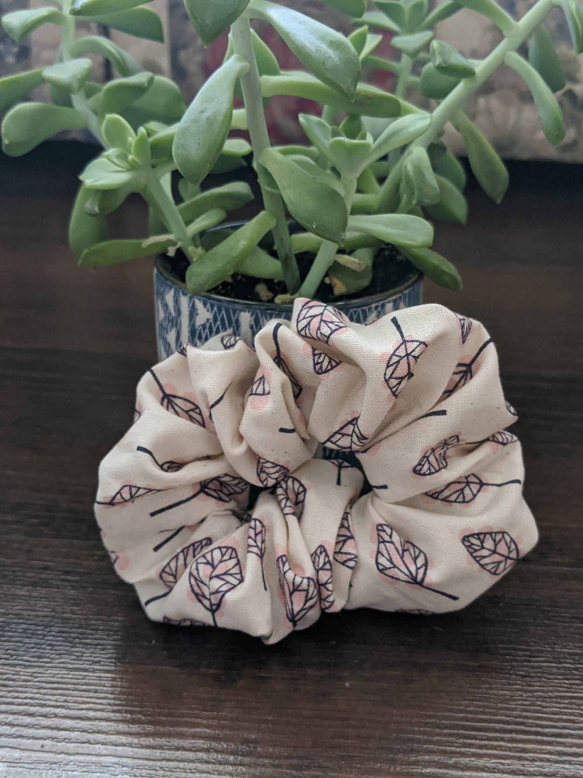 Leaf Scrunchie 1