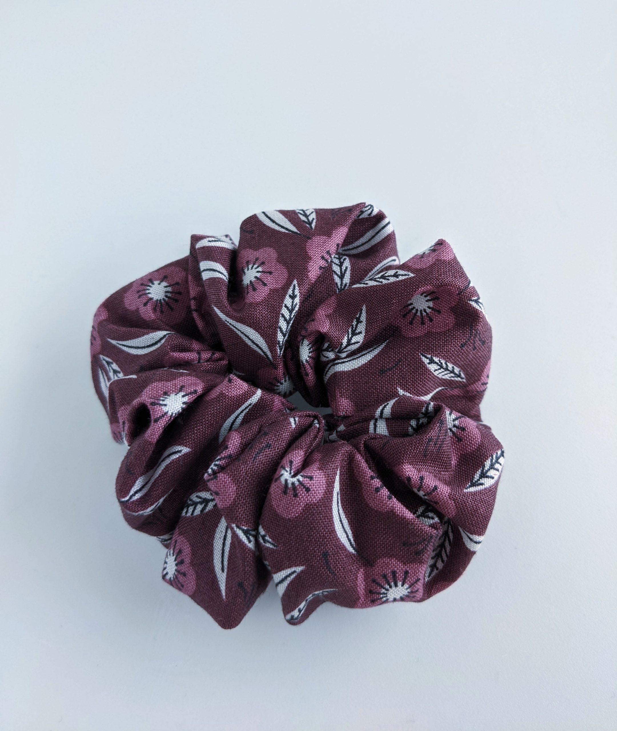 Daphne scrunchie