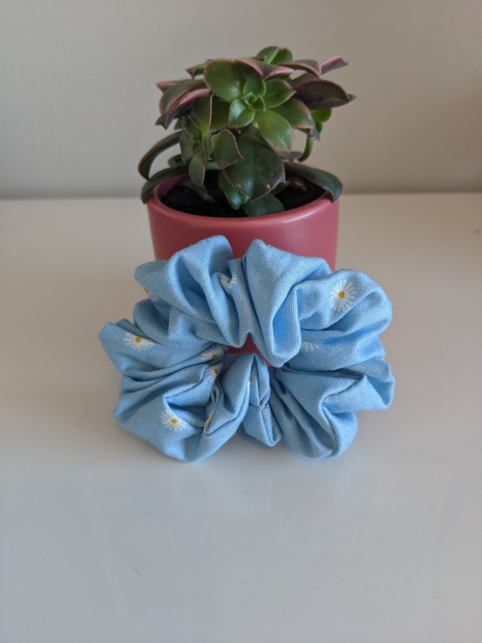 Spring Snowfall scrunchie front