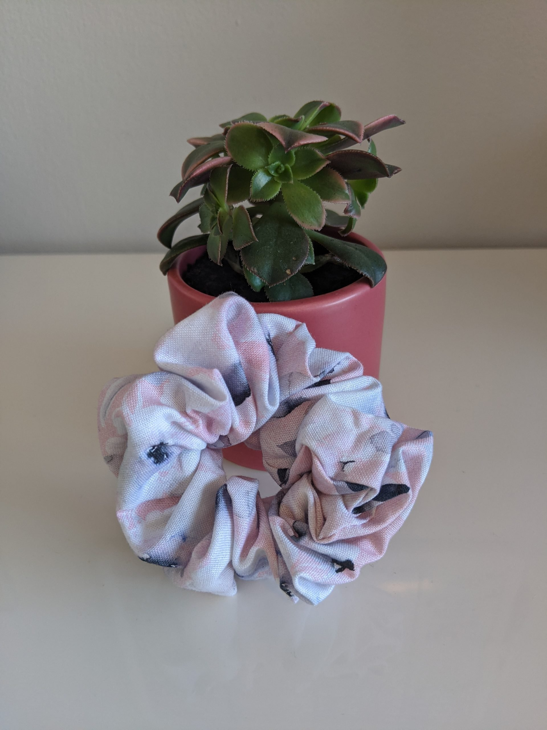 Watercolour Garden Scrunchie Front
